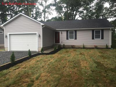 Westmoreland County Single Family Home For Sale: 29 Sweetbriar Lane