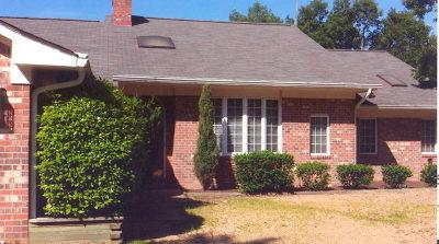 Lancaster County Single Family Home For Sale: 32 Golf Lane