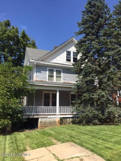 Single Family Home Sold: 30 8th Street