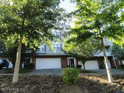 Condo/Townhouse Sold: 590 Oak Tree Boulevard