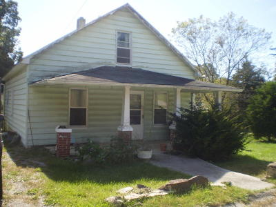 Single Family Home Sold: 415 Church St