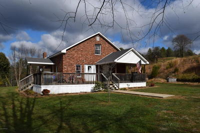 Willis Single Family Home For Sale: 341 Indian Creek Road