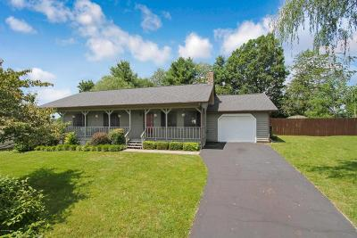 Christiansburg Single Family Home For Sale: 155 Gibson Dr NW