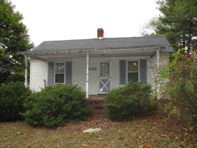 Montgomery County Single Family Home For Sale: 236 Merrimac Rd