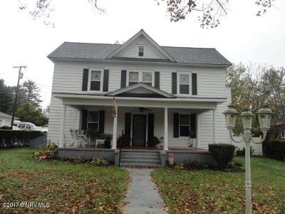 Christiansburg Single Family Home For Sale: 9 Park St
