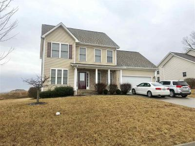 Montgomery County Single Family Home For Sale: 413 Red Maple Drive