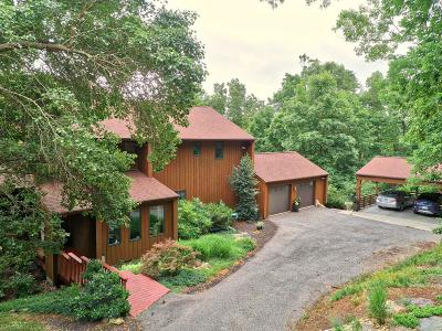 Montgomery County Single Family Home For Sale: 2560 Woodland Hills Drive