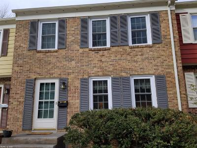Montgomery County Condo/Townhouse For Sale: 2834 Wellesley Court