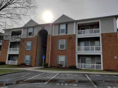 Montgomery County Condo/Townhouse For Sale: 211 S Knollwood Drive