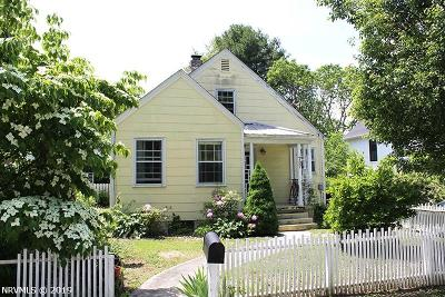 Single Family Home For Sale: 707 Montgomery Street