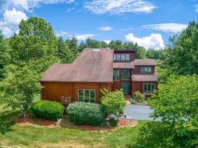 Montgomery County Single Family Home For Sale: 3150 Country Meadow Drive