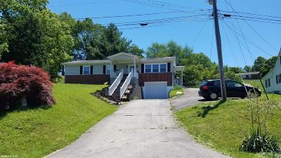 Pembroke Single Family Home For Sale: 167 Bowens Roads