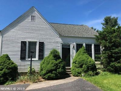 Montgomery County Single Family Home For Sale: 945 S Franklin Street