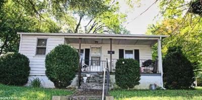 Radford Single Family Home For Sale: 1220 W Main St Street