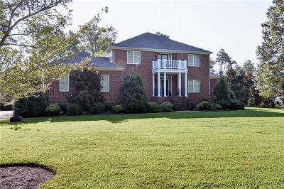 Hampton Single Family Home For Sale: 108 Fox Pond Ln