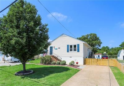 Poquoson Single Family Home For Sale: 222 Ridge Rd
