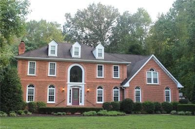 Chesapeake Single Family Home For Sale: 517 Waterwheel Rd