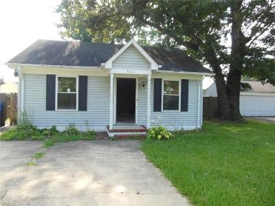Chesapeake Single Family Home For Sale: 921 Oklahoma Dr