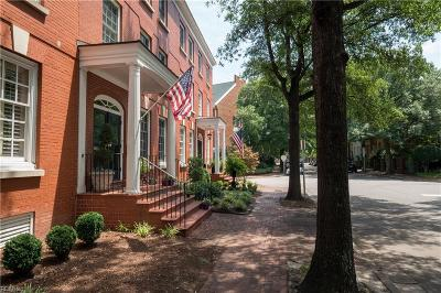 Norfolk Single Family Home For Sale: 300 College Pl