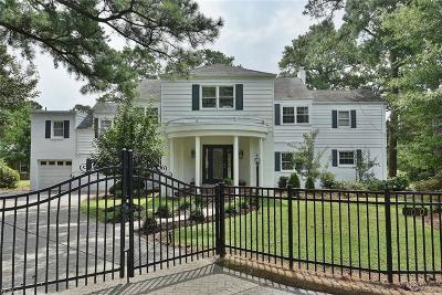 Norfolk Single Family Home For Sale: 6070 Newport Pt