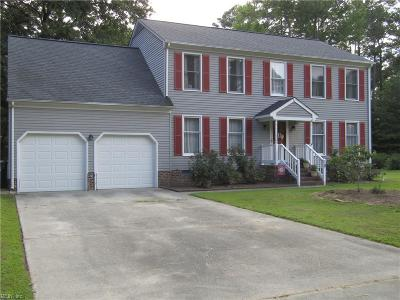 Poquoson Single Family Home For Sale: 18 Thomas Dr