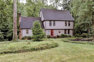 York County Single Family Home For Sale: 108 Will Scarlet Ln