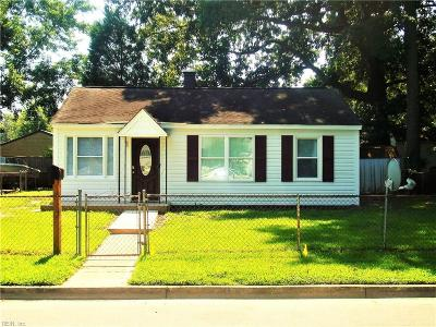 Hampton Single Family Home For Sale: 346 Shawen Dr