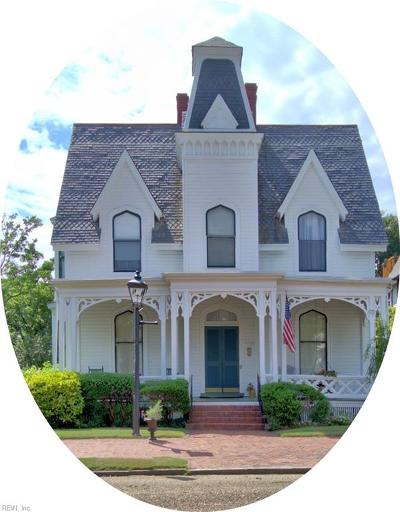 Portsmouth Single Family Home For Sale: 370 Middle St