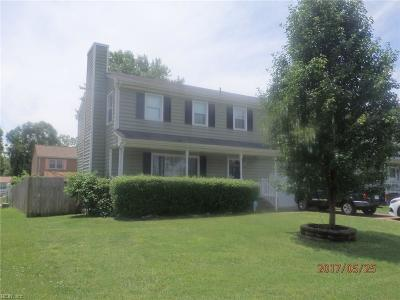 Hampton Single Family Home For Sale: 86 Corbin Dr
