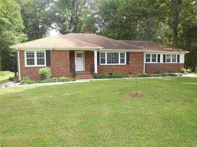 Newport News Single Family Home For Sale: 58 Normandy Ln