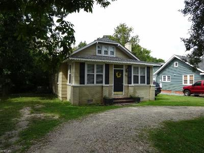 Poquoson Single Family Home For Sale: 277 Wythe Creek Rd