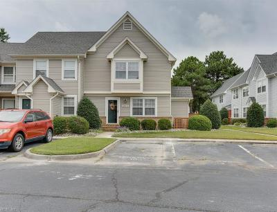 Single Family Home Sold: 3809 Falling River Rch #B