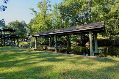 York County Single Family Home For Sale: 120 Albacore Dr