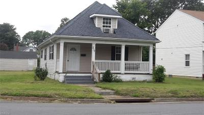 Hampton Single Family Home New Listing: 235 Powhatan Pw
