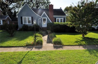 Hampton Single Family Home New Listing: 135 Chancellor Rd