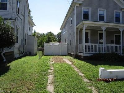 Hampton Single Family Home New Listing: 263 Lee St