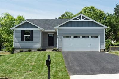 Suffolk Single Family Home New Listing: Lot 38 Moore's Pointe