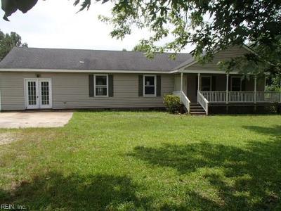 Suffolk Single Family Home New Listing: 804 Lummis Rd