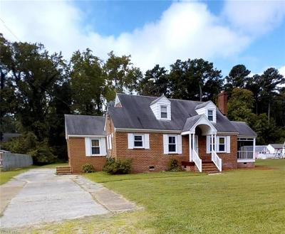 York County Single Family Home New Listing: 2712 Seaford Rd