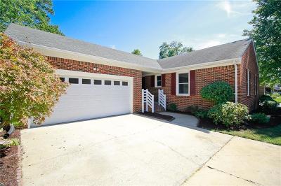 Hampton Single Family Home New Listing: 17 Natalie Dr