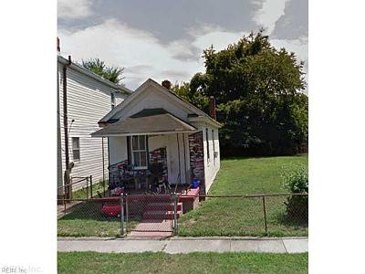 Newport News Single Family Home New Listing: 1020 32nd St