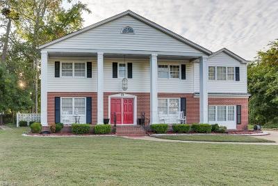 Poquoson Single Family Home For Sale: 106 Kelsor Dr