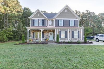 Suffolk Single Family Home For Sale: 1317 Pitchkettle Farm Ln