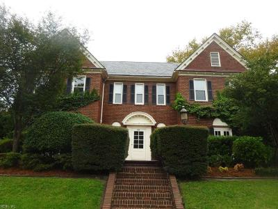 Norfolk Single Family Home For Sale: 1501 Hampton Blvd