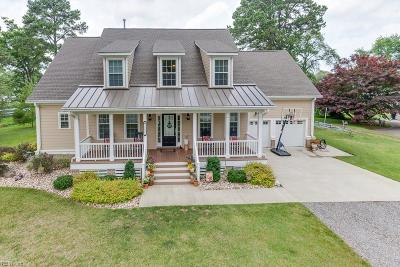 Portsmouth Single Family Home For Sale: 2404 Sterling Point Dr