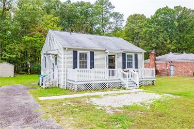 York County Single Family Home Under Contract: 139 York Dr