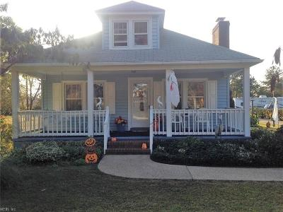 Hayes Single Family Home For Sale: 2102 Cooks Landing Rd