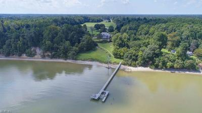 Isle of Wight County Single Family Home For Sale: 14318 Ferguson's Wharf Way