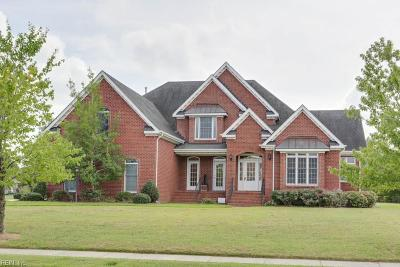 Chesapeake Single Family Home For Sale: 1601 Kettle Creek Ter