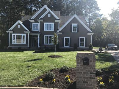 Suffolk Single Family Home For Sale: 1329 Pitchkettle Farm Ln
